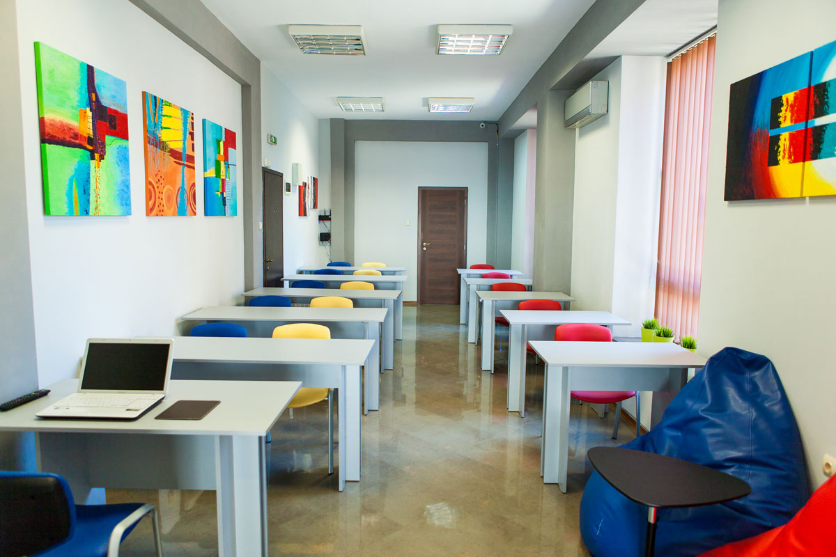 Img-academy-google-hall-training-room-6