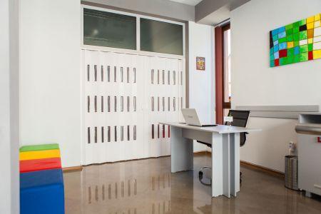 Img-academy-google-hall-training-room-4