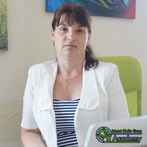 Дарина Апостолова - Scrum Master лектор в IMG ИТ Академия